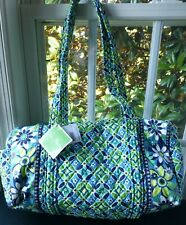 A Vera Bradley Small Duffle Bag Large Travel Bag Daisy Blue Green Overnight NWT
