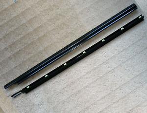 Door Weatherstrip Moldings | RH & LH | Geo Metro Suzuki Swift GTi 89-94
