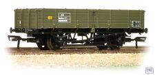 38-702 Bachmann OO/HO Gauge 12 Ton Pipe Wagon BR Engineers Olive Green