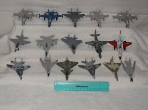 airplane toy -lot of 16-military jets-2000-fair