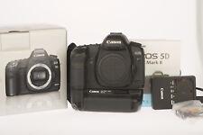 Canon EOS 5D Mark II Body mit BG E6    85519