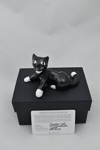 Cmielow Warrior Cat Porcelain Figurine. Boxed with Certificate