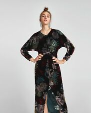 BNWT ZARA BLACK FLORAL VELVET DRAPED DRESS SIZE M