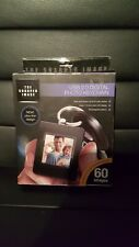 ~NEW~ The Sharper Image USB 2.0 Digital Photo Keychain Stores up to 60 Photos