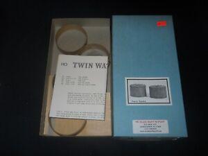 HO Scale Twin Oil Tanks Kit