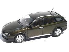 Alfa Romeo Crosswagon 2004 Olive metallic 1/43 400120410 Minichamps