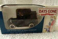 LLEDO DIECAST MODEL CAR BLACK LONDON TAXI CAN DG 047009