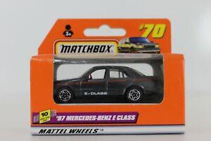 DIE CAST MATCHBOX '97 MERCEDES-BENZ E CLASS #70 5773 HOTWHEELS MATTEL