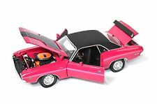 DODGE CHALLENGER R/T COUPE 1970 HIGHWAY 61 50771 1:24 SPECIAL PRICE PANTHER PINK