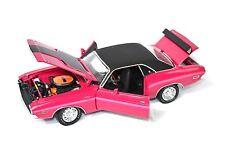 DODGE Challenger R / T coupé 1970 highway 61 50771 1:24 prix spécial Rose Panther