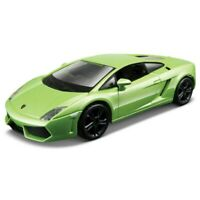 Bburago 1:32 Street Classic Car Diecast Model Colours And Styles May Vary