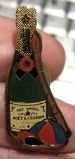 MOET & CHANDON CHAMPAGNE metal bottle shaped horse racing PIN BADGE