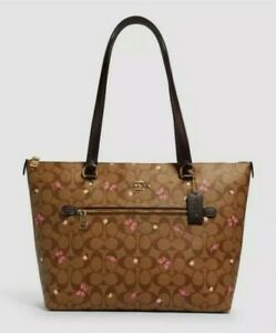 Coach Gallery Tote In Signature Canvas With Butterfly Print (2712) $350 NWT