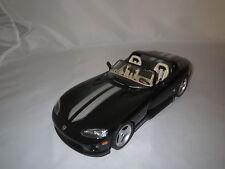Bburago  Dodge  Viper  RT/10  (schwarz-silber Streifen)  1:18 ohne Verpackung !