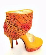 Raine Just The Right Shoe Revamp J110117 Miniature Retired 2011
