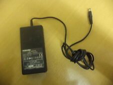 Laptop Toshiba Adattatore CA Caricatore Psu pa2438u output: 15v 2a