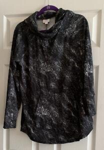NWOT Lularoe Amber Hoodie - Size Large - Dark Gray & White Print - Very HTF!