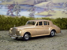 R&L Diecast: Vintage Rolls Royce Silver Cloud, Budgie, Gold Boxed