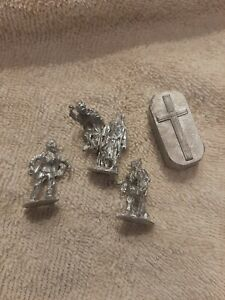 1:64 scale grave yard  pewter figures