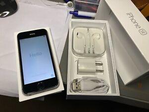 Apple iPhone SE (1st gen) - 128GB - Space Gray (Unlocked)