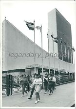 1991 Flagpoles Outside Un General Assembly Original News Service Photo