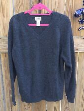 L.L.BEAN XL Men's Sweater Charcoal Gray Lambswool Ribbed V-Neck Hong Kong