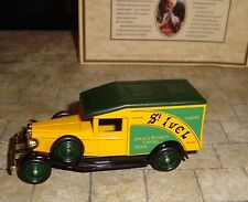 LLEDO - DAYS GONE - 1936 PACKARD  VAN - ST IVEL CHEESE  - YEOVIL -  BOXED
