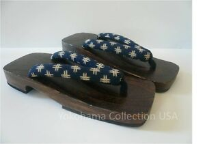 "JAPANESE MEN'S WOODEN GETA SANDALS ""KASURI"" PATTERN/10.25""L"