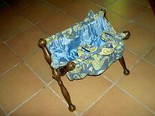 Travailleuse Couture Tricot ancienne tissu et bois Pliant - époque 1940 dentelle