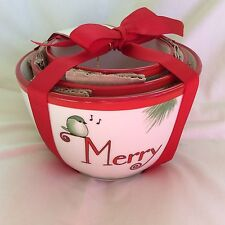 Set of 3 Porcelain Holiday Nesting Bowls Nwt