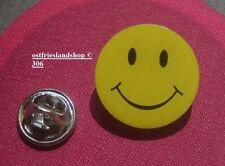 Smily, Smilie, Smiley lachendes Gesicht gelb Pin Button Badge Anstecker # 306