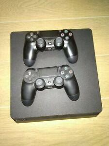 Sony PlayStation 4 Slim 500GB e FIFA 21 – Nera (usata)
