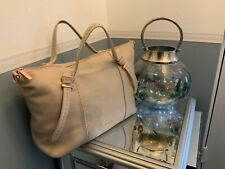 Ted baker leather oellie beige / cream bag with rose gold zip knotted handles