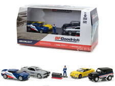 BFGOODRICH TIRE SHOP 6 PCS SET DIORAMA WITH FIGURE 1/64 BY GREENLIGHT 58046