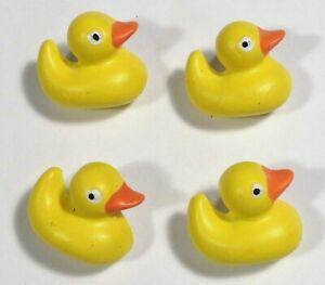 Vtg JHB International Realistic Novelty Plastic Resin BUTTONS Rubber Ducks Ducky