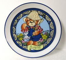 Lucy & Me Month of August Miniature Mini Plate Wall Hanging 4""