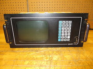 XYCOM 4810ER Operator Interface Industrial Terminal 91059-001 Powers Up