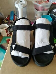 Brand new ladies size 6 sandals by very