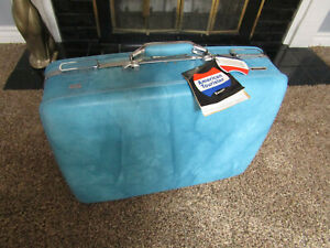 """Vintage American Tourister Escort Hard Suitcase Luggage CLEAN NOS Blue NWT 21"""""""
