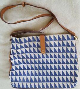 STELLA & DOT Crosby Hobo GEO TILE Shoulder Bag Blue & White Messenger Purse