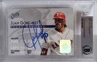Juan Gonzalez Signed 1995 Donruss Studio Baseball Card Beckett BAS Slabbed BGS