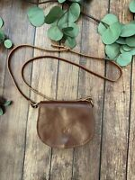 NWOT FLORENCE, ITALY Genuine Italian Leather BROWN Crossbody Saddle Handbag