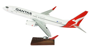Qantas 737 Large Model 47cm