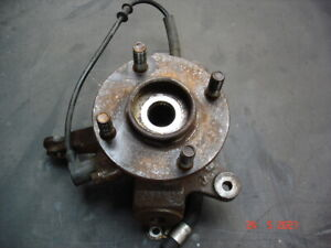 Nissan Micra K11 R/H/F Front Hub with ABS and new wheel bearings