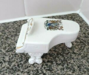 SOUTHEND - ON - SEA UNMARKED CRESTED CHINA GRAND PIANO NO DAMAGE MUSIC INTEREST