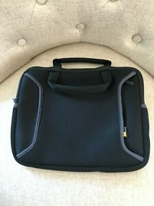 Case Logic Neoprene Tablet Case - Handles & Hidden Zipper Storage Pocket - Black