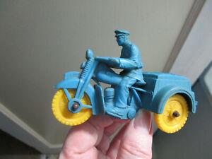 Vintage Auburn Rubber POLICE Motorcycle w/ Rider Blue w/ Yellow Wheels