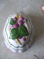 Franklin Mint Le Cordon Bleu Ceramic Jelly Mould Wall Hanging 1986 Blackberries