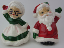 Vintage Josef Originals Christmas Santa And Mrs. Claus Salt And Pepper shakers