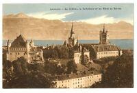 CPA Suisse Lémanique Lausanne Le Château La Cathédrale et les Alpes de Savoie